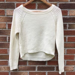 🌻 Ambiance White Crew Neck Cropped Sweater